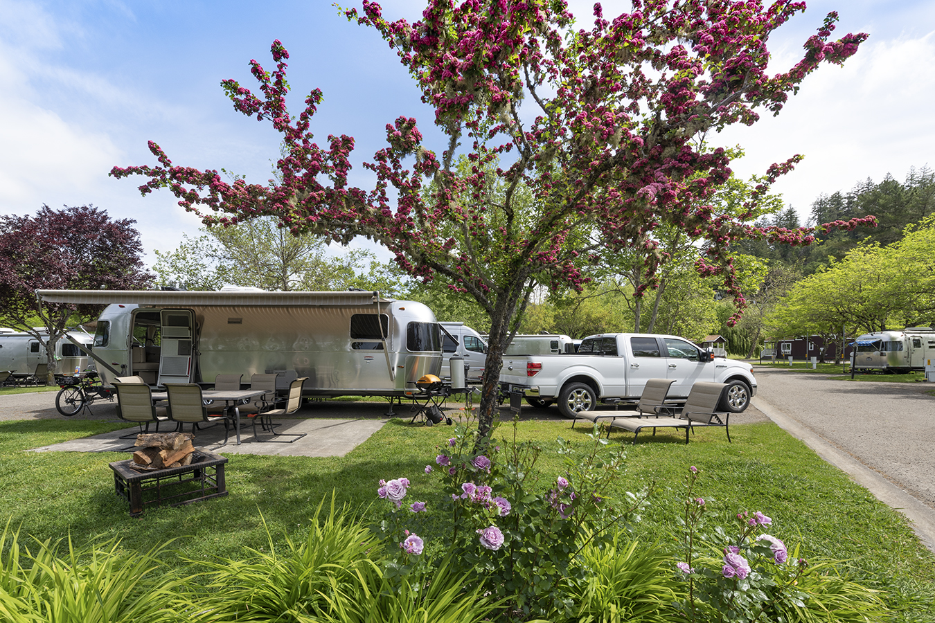 banner image is of Benbow Historic Inn - RV Park